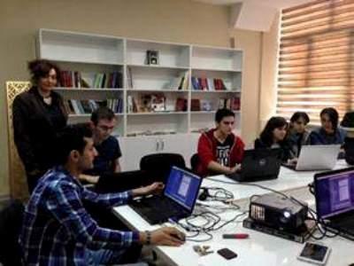 7Training for students at Baku State University on Tele -radio Journalizm - копия Greenpen.az